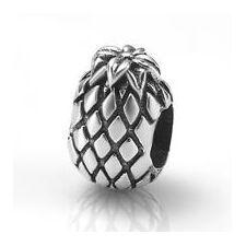 My-Beads 020 Ananas  Deze zilveren bedel past op alle gangbare bedelarmbanden.  Edelmetaal: echt zilver, 925 (1e gehalte), nikkelvrij.